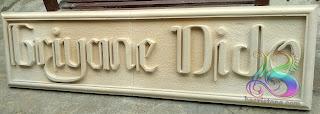 Papan nama dari batu alam