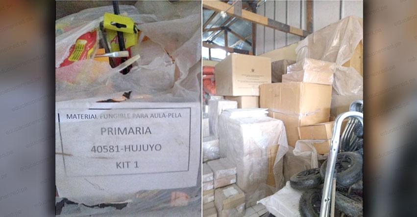 INCREÍBLE: Encuentran kits escolares almacenados por años en depósito municipal de Caylloma - Arequipa