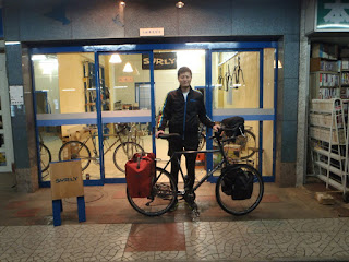 SURLY【DISC TRUCKER】で自転車世界一周に挑戦!!