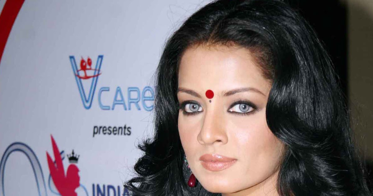 Celina Jaitly | HD Wallpapers (High Definition) | Free ...