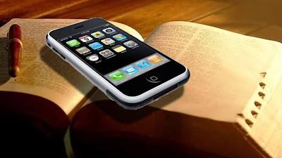 O que ocorreria se tratássemos nossas bíblicas como tratamos nossos telefones?