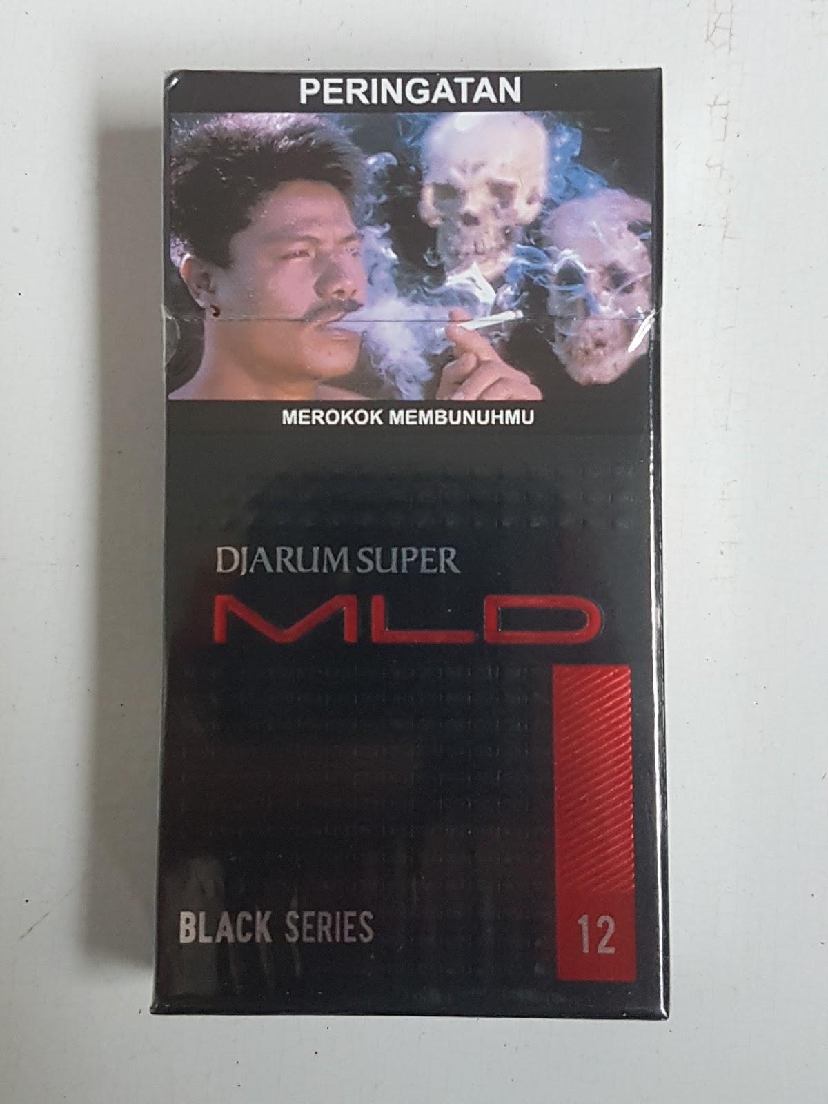 Djarum Super Mld Mild Black Series Isi 12 Batang Rokok Kadar Tar Sampoerna A Merah 16 Pcs Pada Bagian Depan Dan Belakang Kemasan Memiliki Warna Dasar Hitam Tua Serta Silver Dimana Dalam Hal Ini Atas Dekat Peringatan