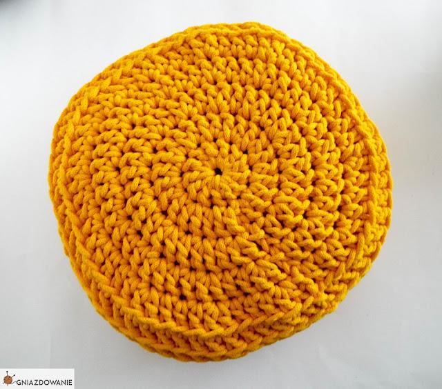 Ile sznurka potrzeba do zrobienia poduszki?
