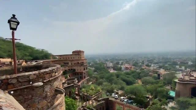 rajput history of neemrana fort rajasthan in hindi