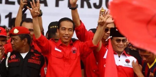 Eks Relawan Jokowi Sentil Kebiasaan Presiden Korbankan Bawahannya
