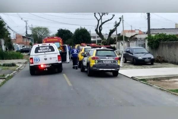 Homem invade casa da ex com faca e é morto pelo próprio filho