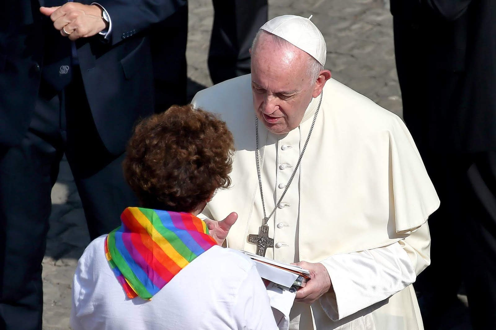 Pop Francis says Homosexuals have a right to be a part of the family, he endorsed Same-sex civil unions cover image