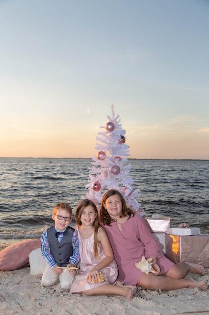 Christmas tree on the beach family photography
