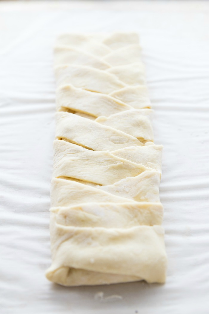 how to braid a puff pastry