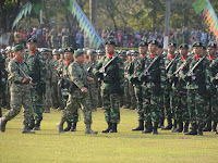 Pangkostrad Pimpin Langsung Prosesi Estafet Kepemimpinan Divisi Infanteri 2 Kostrad