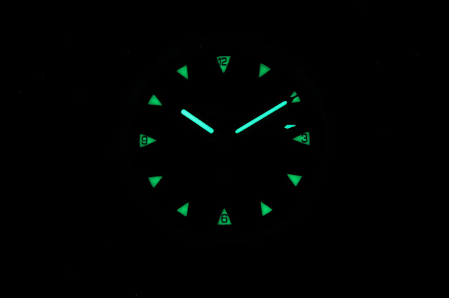 Merlin Sea Legend Golden Boy lume