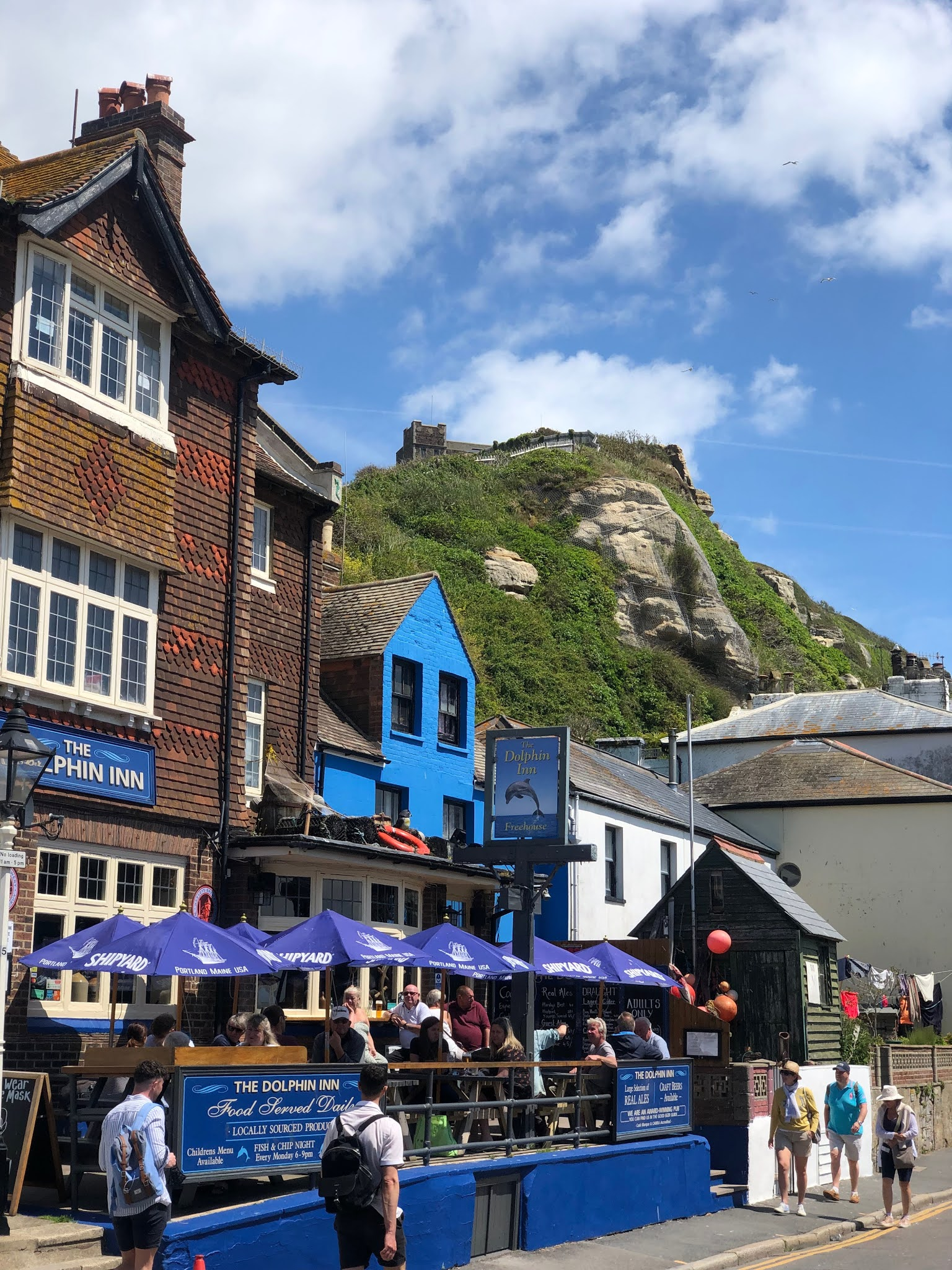 a pub and hill in hastings