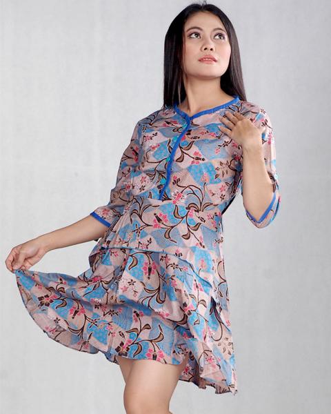 model baju hem batik wanita