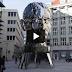 Ένα εντυπωσιακό περιστρεφόμενο γλυπτό (Βίντεο)