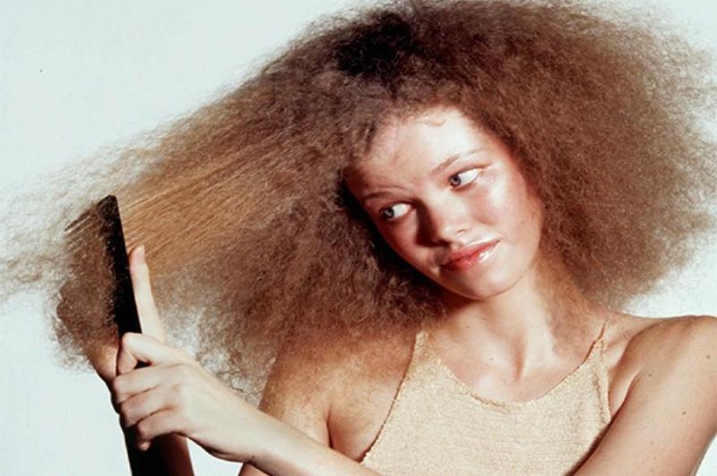 Como cuidar el cabello rizado y seco