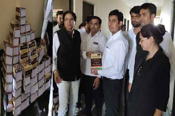 advocate-ln-parashar-distribute-cross-examination-books-to-lawyers