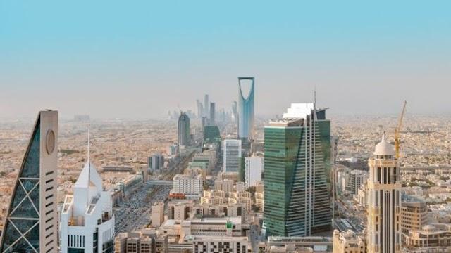 Arabia Saudita permitirá por primera vez la entrada de turistas, pero solo de algunos países