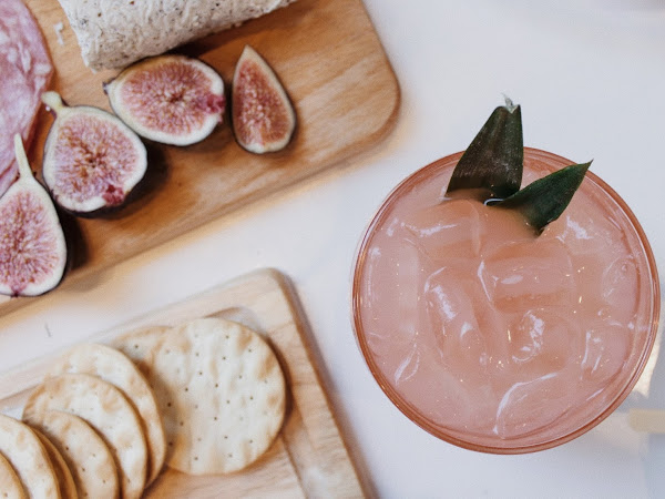 4 Easy & Delicious Cocktails You Need At Your Next Event