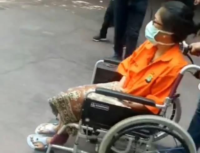 Putri Aktivis Sri Bintang Pamungkas Terlibat Narkoba - IG