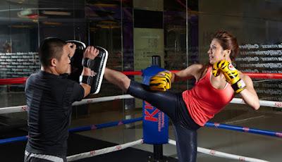 sử dụng găng tay Bộ môn Kick-boxing
