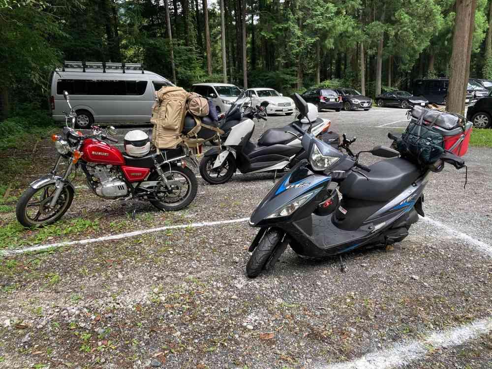川井キャンプ場の駐車場