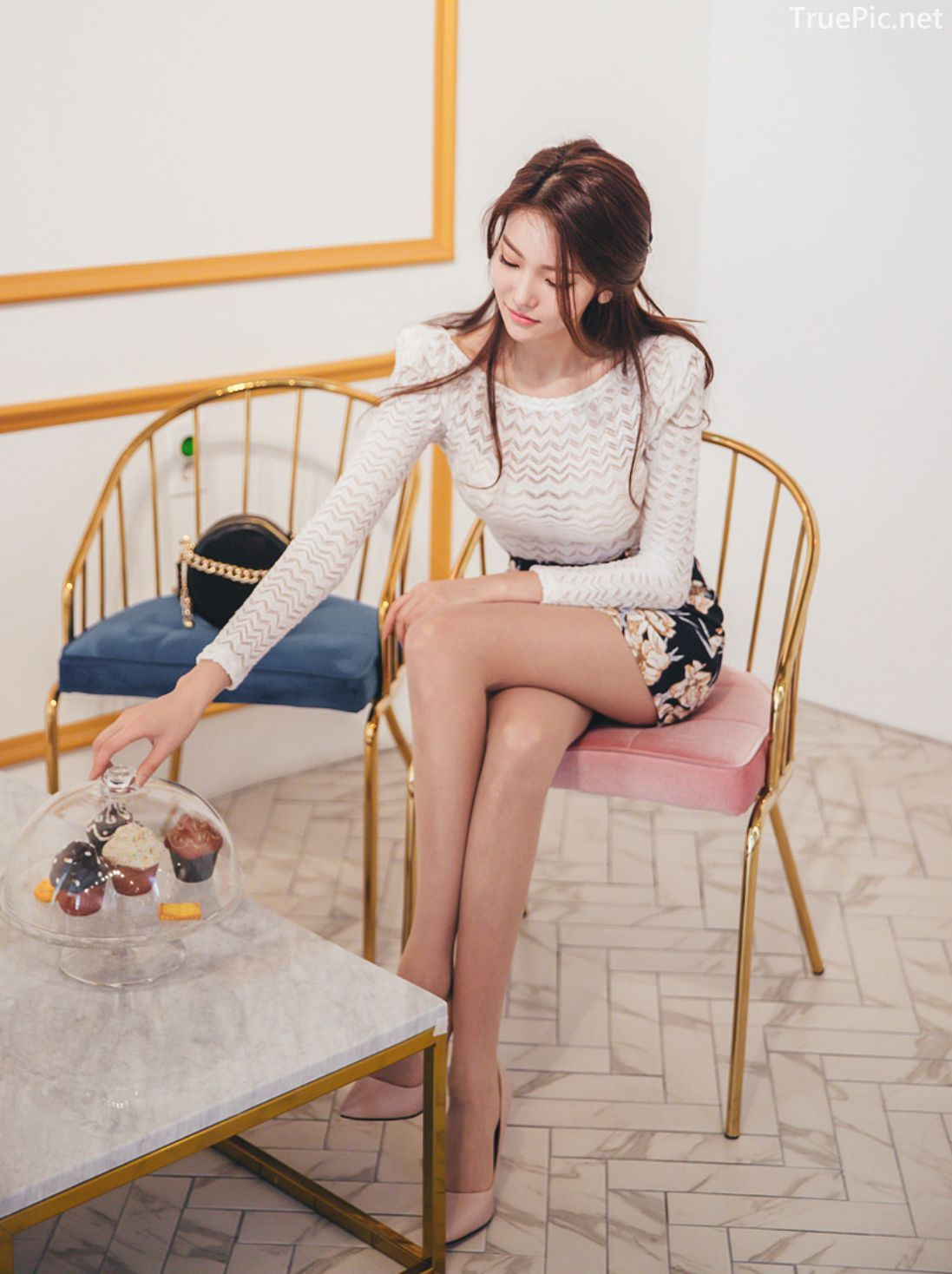 Park Jung Yoon - Korean Fashion Model - Casual Indoor Photoshoot - TruePic.net - Picture 10