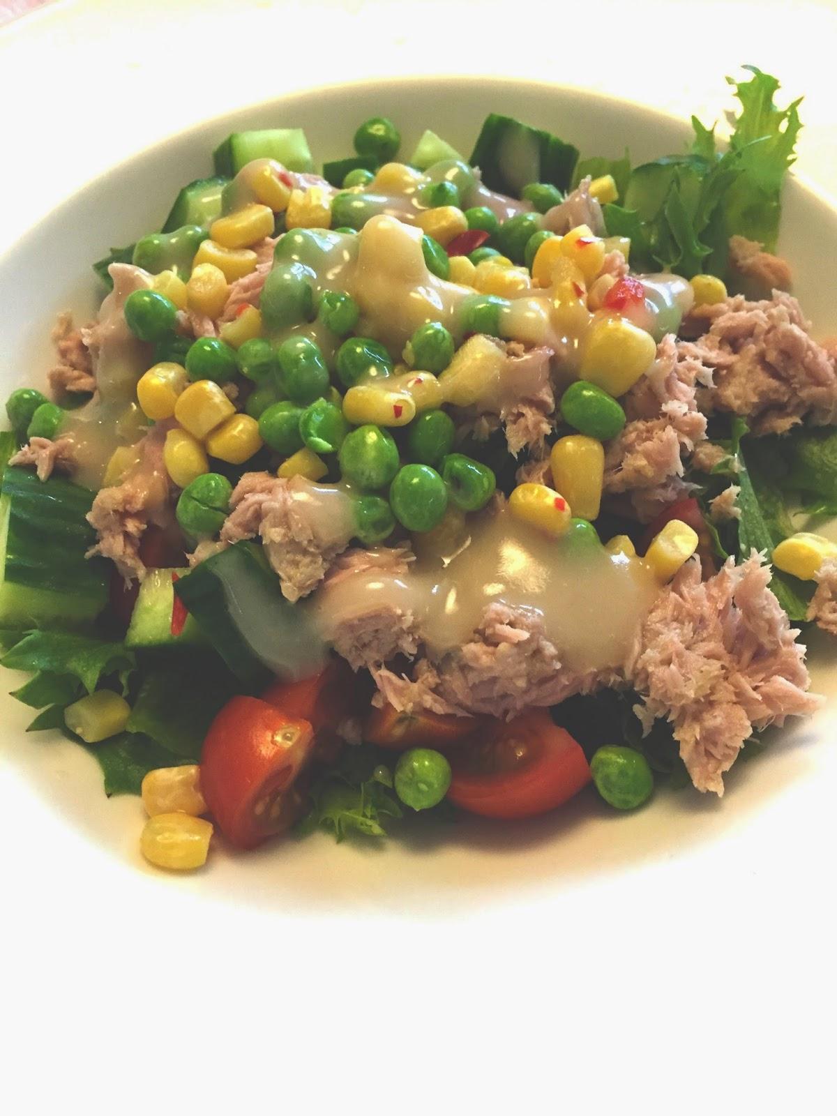 Salaatinkastike Ohje