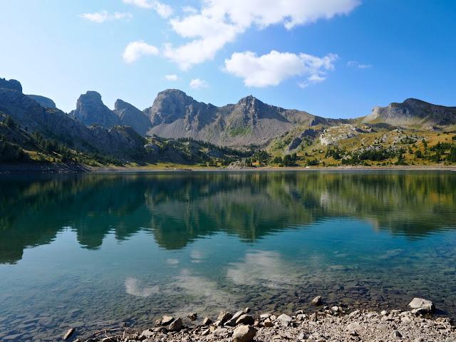 Verdon, gorges du verdon, annot, castellane, durance, mercantour parc national, les grès d'annot, la palud sur verdon, gieren, lammergieren, monniksgieren, alpenmarmot, gems, wolf, wolven, colmars les alpes, Col d'Allos,  Barcelonette, Pic des Trois Évêchés, Tête de la Sestrière, Mont Pelat,  alpensneeuwhoenen, Lac d'Allos, Cascade de la Lance, Route des Crêtes du Verdon, Samson passage, de Styx,