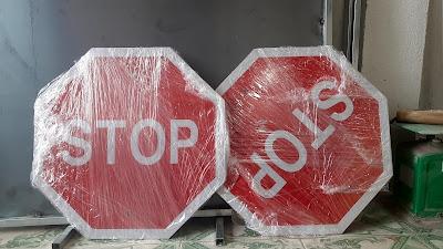 Biển báo STOP
