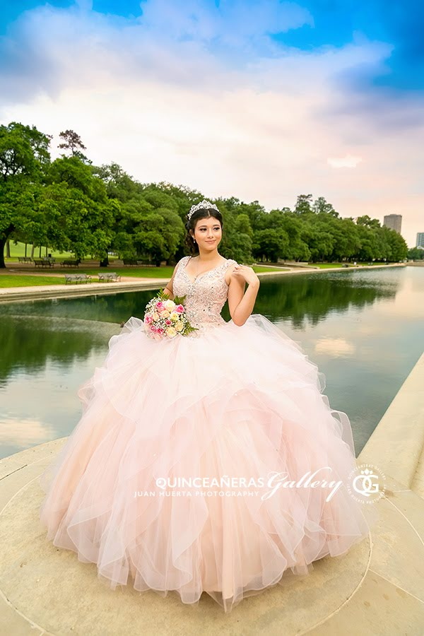 houston-texas-quinceaneras-gallery-juan-huerta-photography-video-prices-packages