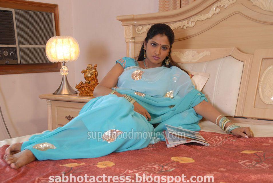 Telugu Actress Jyothi In Blue Salwar: SAB HOT ACTRESS: Bhuvaneswari Hot And Sexy Look In Saree