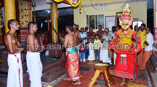 Chalanam, kerala, Puhari Vellattam-Chalanam