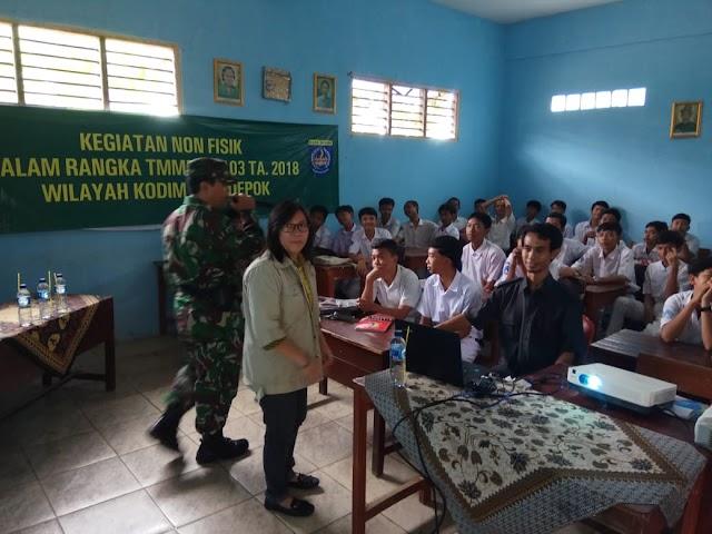 Siswa SMP Jadi Sasaran Penyuluhan Narkoba TMMD Ke-103