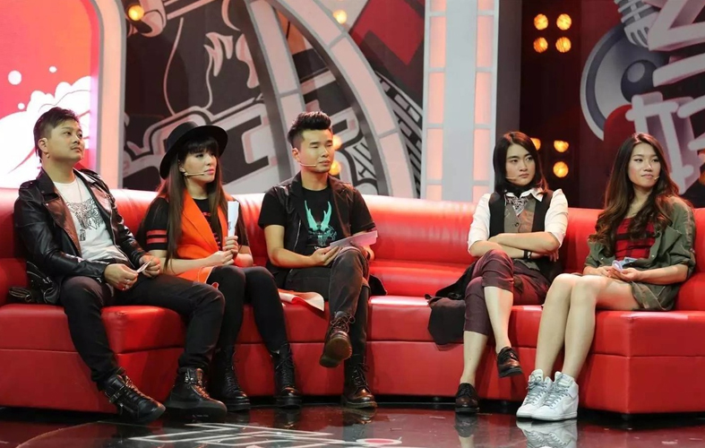 Voice of China Season 4 Episode 12: Cross Battles Between All 4 Judges