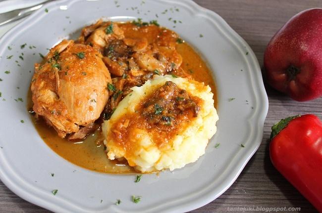 Κοτόπουλο κοκκινιστό με μανιτάρια