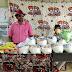 রিপোর্টার্স এন্ড রাইটার্স এসোসিয়েশনের উদ্যোগে ত্রান বন্টন - Sabuj Tripura News