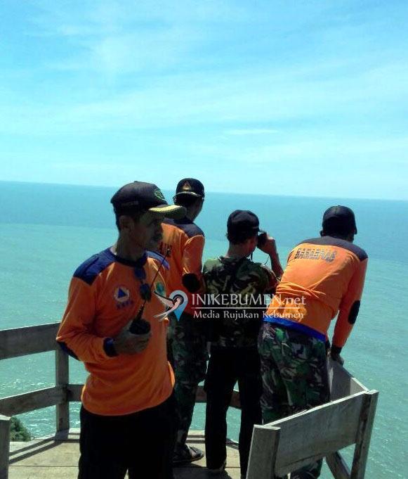 Gelombang Pasang, Satu Korban Pemancing yang Digulung Ombak di Pantai Karangbolong Belum Ditemukan