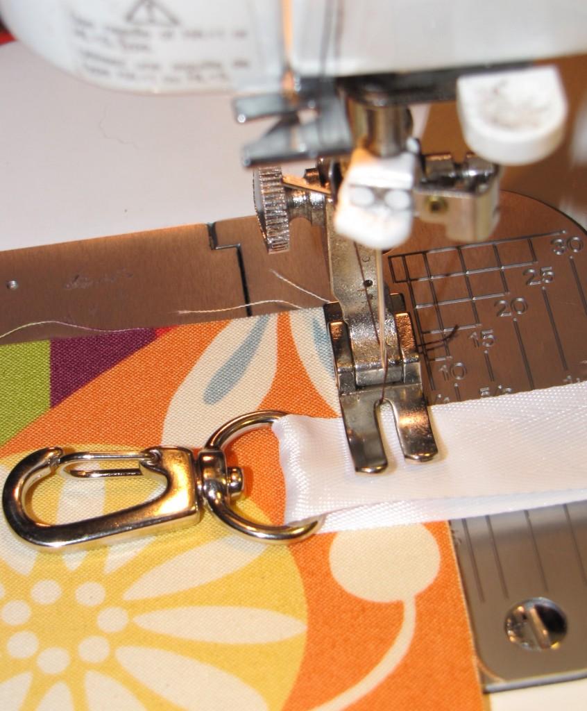 Small Zipper Pouch Bag Tutorial