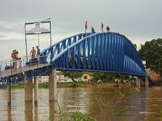 URGENTE: Ponte Metálica desaba e deixa vários feridos em Bacabal-MA