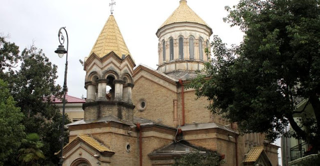 Iglesia armenia en Batumi entregada a la iglesia de Georgia