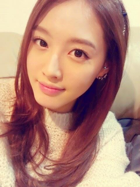 Top 50 Pretty KPop Idols (Part 1) | Daily K Pop News