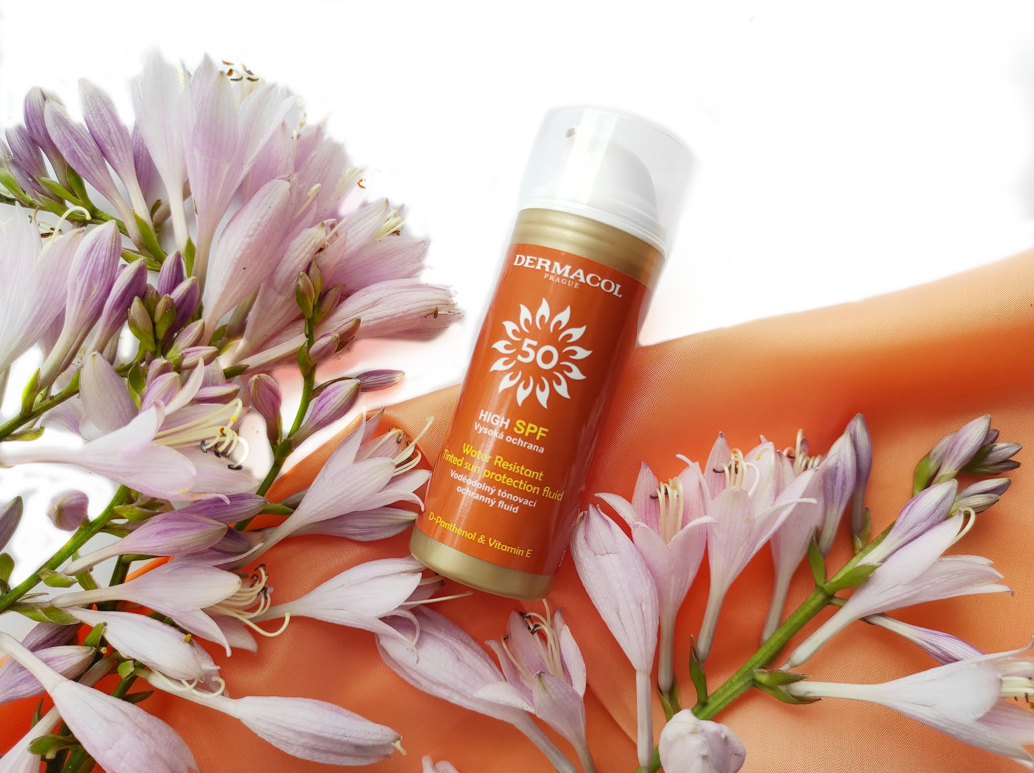 Wodoodporny krem tonujący z filtrem- Dermacol Sun Water Resistant Cream SPF50
