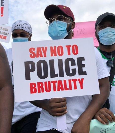 Runtown, Falz, Tiwa Savage Lead Peaceful #EndSARS Protest In Lagos #Arewapublisize