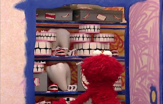 Guess what Elmo's thinking about today. Elmo is thinking about teeth today. Sesame Street Elmo's World Teeth