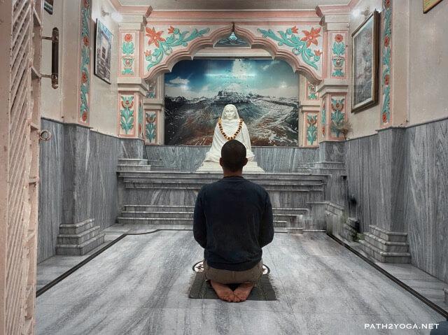 Babaji Cave Temple