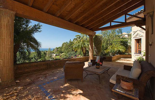 Fotos de terrazas terrazas y jardines terrazas de casas for Casa moderna jardines