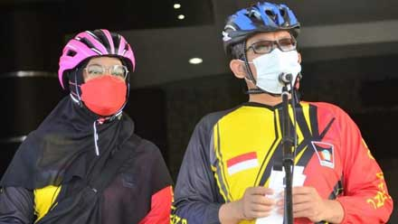 Hendri Septa saat melepas peserta GSNA V