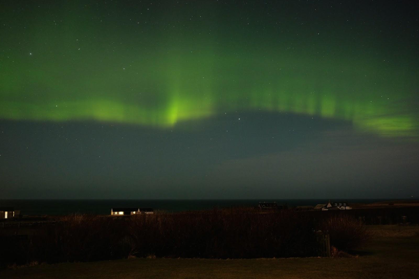 Zorza polarna sfotografowana w noc z 16 na 17.02.2016 r. (Credit: Gill Merriman, Wyspy Orkney, Szkocja)