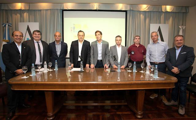 Santilli y Santos presentaron el programa de seguridad turística en la Ciudad de Buenos Aires