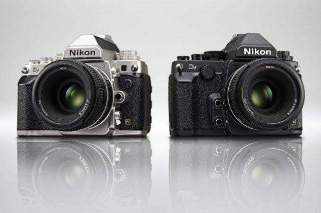 Fotografia della Nikon Df nel colore nero e argento